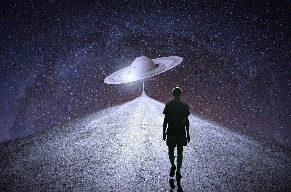 Saturn enters Aquarius